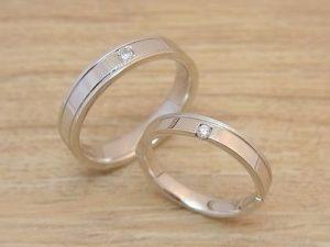 ★I夫妻さま(鶴岡市)素材:プラチナ900仕上:ミラー&スターダストストーン:ダイヤモンド