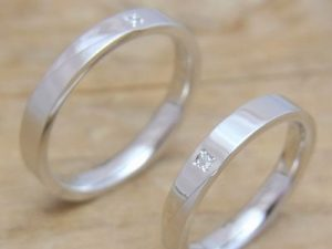 ★K夫妻さま(鶴岡市)素材:プラチナ900仕上げ:ミラー&クロスストーン:ダイヤモンド